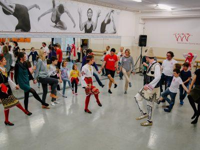 Volkstänze lernen in Bulgarien 2 © agentur better